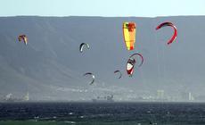 Kitesurferzy w Kapsztadzie