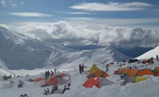 Obóz zwany Motorcycle Hill (3350 m n.p.m.)
